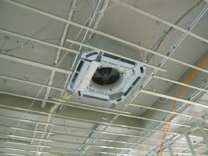 店舗工事 天井カセットエアコン