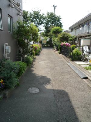 玄関前道路